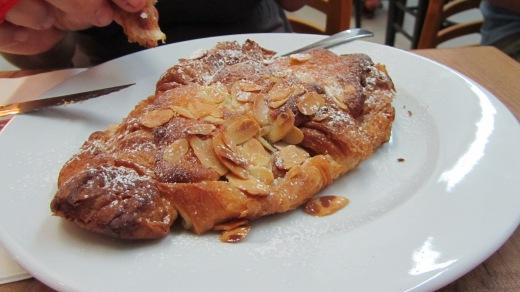lehamim almond croissant